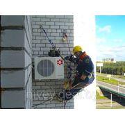 Нестандартный монтаж настенных сплит-систем фото
