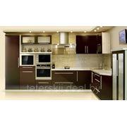 Кухня 2700*3550 в стиле хай-тек фото