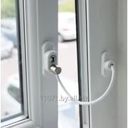 Замок-ограничитель открывания окна с тросиком фото