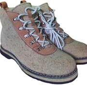 Ботинки женские войлочные на шнурках укороченные фото