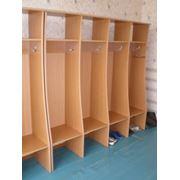 Шкаф раздевалка 4 секции открытый фото