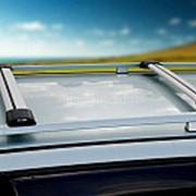 Багажник на крышу Вольво В50 (Volvo V50) универсал 2004-2007, алюминиевые поперечины Fico на рейлинги. Цвет серый фото