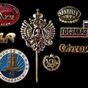 Значки и корпоративные знаки фото