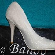 Осуществляем продажу свадебной обуви Banno фото