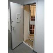 Дверь в кассу фото
