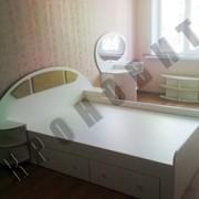 Набор мебели для спальни (кровать, шкаф, туалетный столик, полки навесные) фото