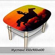 Журнальный стол из стекла Мустанг фото