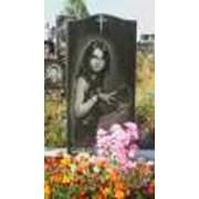 Памятник гранитный памятник, гранитное надгробие, гранитный цоколь, гранитный цветник ,гранитная ваза , надгробия и памятники из гранита изготовляем на заказ. фото