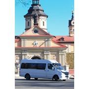 Пассажирские перевозки комфортабельными микроавтобусами VIP-класса с водителями Volkswagen Саravelle Т5(10 мест), Мерседес Спринтер (18мест) фото