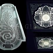 Обработка стекла и зеркал, шлифовка, полировка, фацет, фьюзинг, гравировка, художественный декор фото