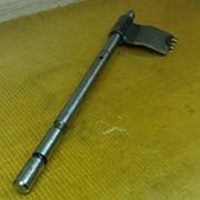 Шток (в сборе c головкой) вилки 2/3 передачи КПП 1315206085 / ZF фото