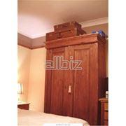 Шкафы для платьев и белья фото
