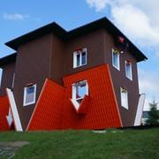 Строительство Перевернутого дома фото