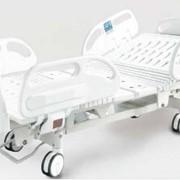 Многофункциональная медицинская кровать фото