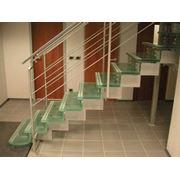 Стеклянные лестницы в Кишиневе (Молдове) фото