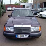 Автомобиль MERCEDES-BENZ-200 фото