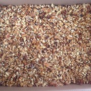 Резка орехов и сухофруктов фото