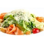 Доставка еды - Цезарь с семгой(ф) фото