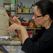 Обучение основам изготовления украшений из керамики. фото