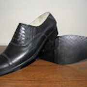 Полуботинки хромовые мужские черного цвета. фото