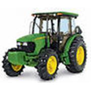 Трактор John Deere 5725 фото