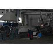 Оборудование для производства лотков из полистирола. Состав: экструдер термоформовочное оборудование дробилка формы линия рециклинга холодильная система система подготовки сжатого воздуха фото