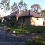 Дом построен для себя на Днепре в лесу.  фото