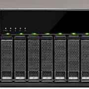 Сетевой накопитель QNAP TX-800P фото