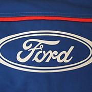 Нанесение логотипа, нанесение логотипа на одежду. фото