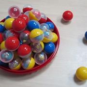 Игрушки в капсулах фото