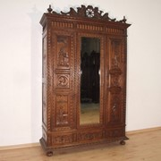Шкаф в бретонском стиле, 19 в. (Франция) фото