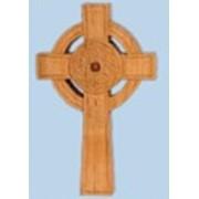 Кельтский крест, резьба по дереву фото