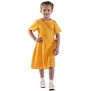Яркое платье желтого цвета с кружевным низом 110 фото