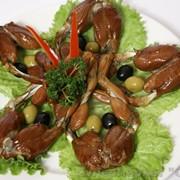 Лягушачьи лапки горячего копчения 1 кг. фото
