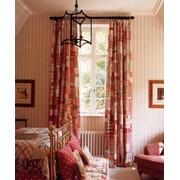 Услуги по пошиву штор (ламбрекенов), покрывал, подушек, скатертей можно заказать во всех салон-магазинах ШТОР фото