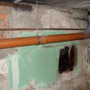 Замена труб (лежаков) системы канализации дома фото