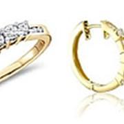 Комплект золотой серьги и кольцо с бриллиантами фото