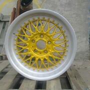 Порошковая покраска автомобильных дисков с гарантией на работы 2 года в Киев фото