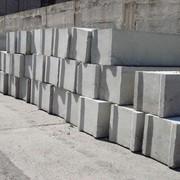 Фундаментный блок, класс бетона по прочности В12,5 фото
