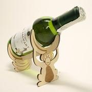 Сувенир деревянный Держатель для бутылки фото