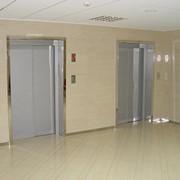 Лифты больничные c верхним машинным помещением редукторные фото