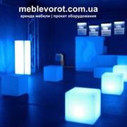 Аренда светящихся декоративных LED-стоек фото