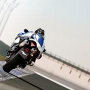 Мотоцикл YZF-R1 фото