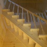 Винтовая лестница деревянная фото