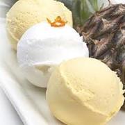 Мороженое молочное. фото