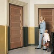 Монтаж, обслуживание бронированных дверей. фото