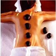 В наше время стоун терапия — это своего рода биоэнергетический массаж с применением камней и минералов. фото