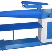 Консольный утюжильный стол фото