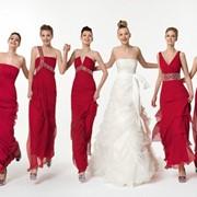 Выпускные платья мы шьем более 8 лет , используем в пошиве все самые новые технологии обработки тканей. пошив платьев на выпускной вечер , это очень ответственное задание для нашего ателье , дизайнеров , конструкторов. Пошив платье выполняется четко под в фото