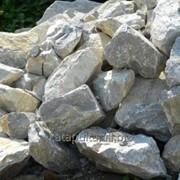 Камень доломитный, темно-серый , выборочный, 100-500 мм фото